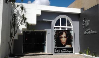 dicas-para-cabeleireiros-iniciantes-fachada-para-salao-de-beleza-9